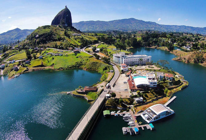 Guatape Tour [2019 Travel Guide]: The Best Tour Of Medellin Antioquia!