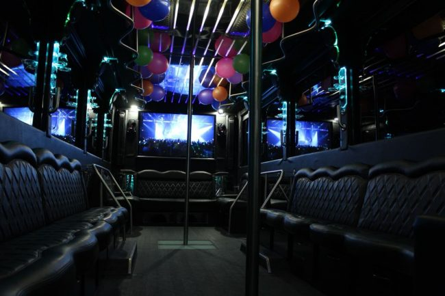 Limo-Bus-Rent-Medellin-Bachelor-Party-5