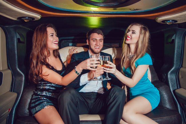 Limo-Rent-Medellin-Bachelor-Party-2