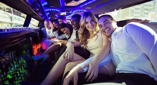 Limo-Rent-Medellin-Bachelor-Party-3