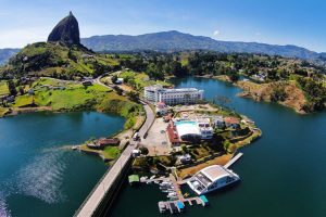 Guatape Medellin Tour From Bachelor Party emdellin