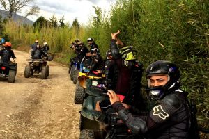 bachelor-party-medellin-cuatrimoto-atv-tour